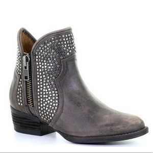 Leather studded booties zippered sides almond W8
